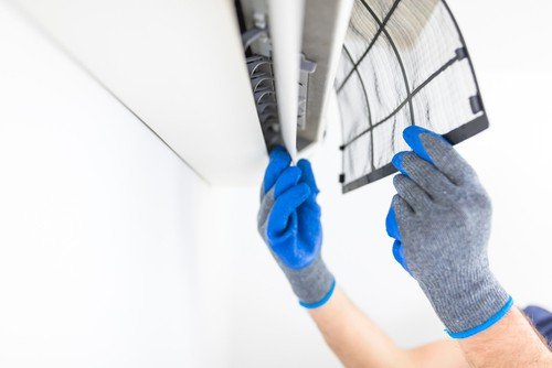 Clean aircon filter